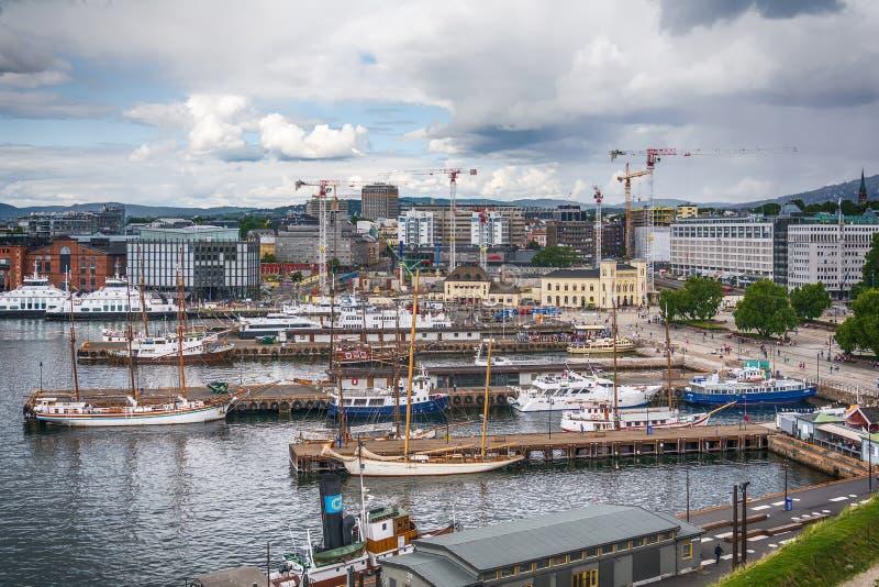 Oslo pejzaż miejski od above i marina, Norwegia fotografia stock