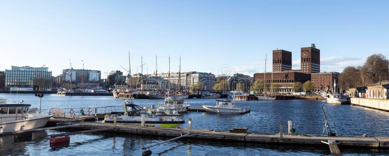 Oslo urząd miasta, panoramiczny fotografia royalty free