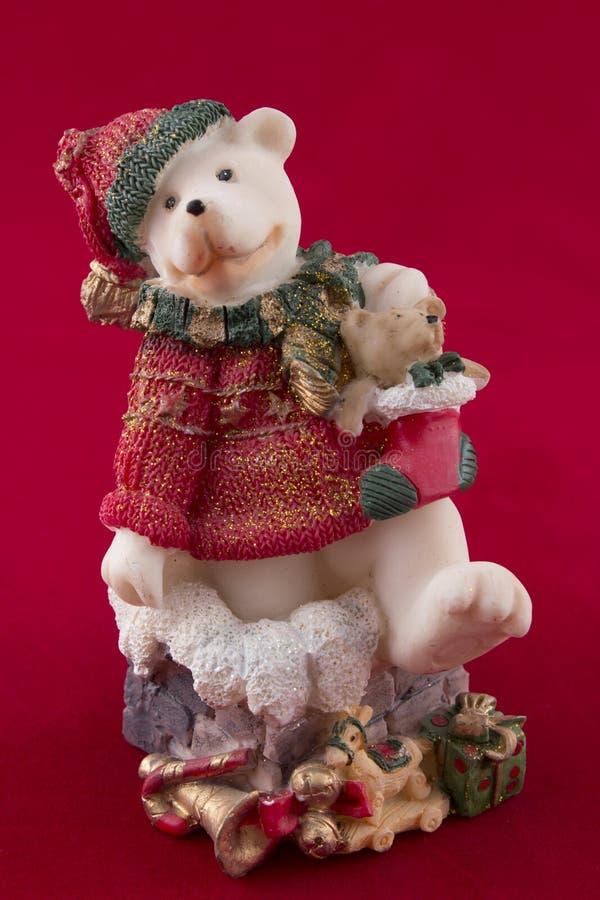 Oso de peluche de la Navidad con los regalos foto de archivo