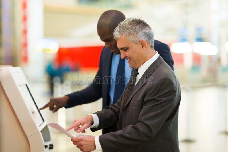 Osoba w podróży służbowej maszynowi obraz stock