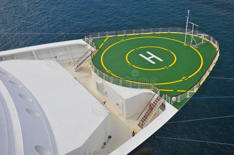 Osobistość szczytu statku wycieczkowego lądowisko fotografia royalty free