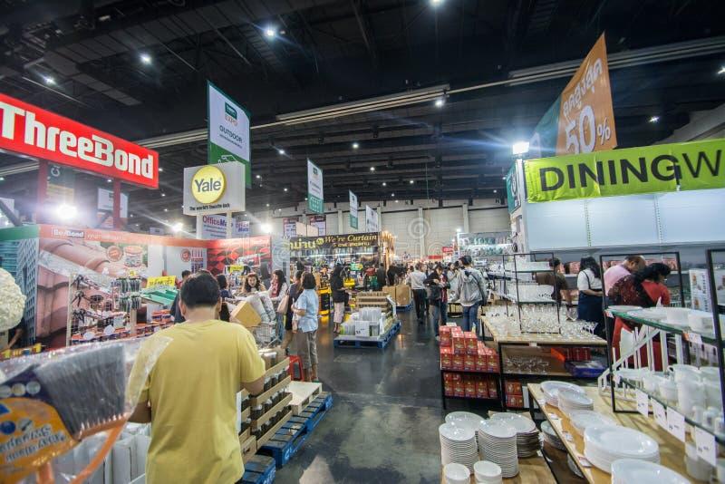 Ospiti non identificati nell'Expo domestica il 3 marzo 2019 a Bangkok, Tailandia immagine stock