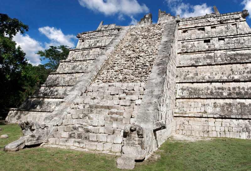 Download The Ossuary Chichen Itza stock image. Image of sunny - 21466209