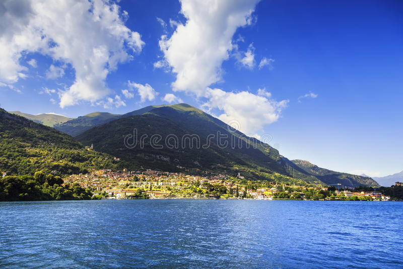 Ossuccio Tremezzina widok, Como okręgu Jeziorny krajobraz Włochy zdjęcie royalty free