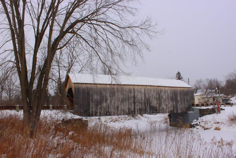 Ost-Fairfield-überdachte Brücke lizenzfreie stockfotos