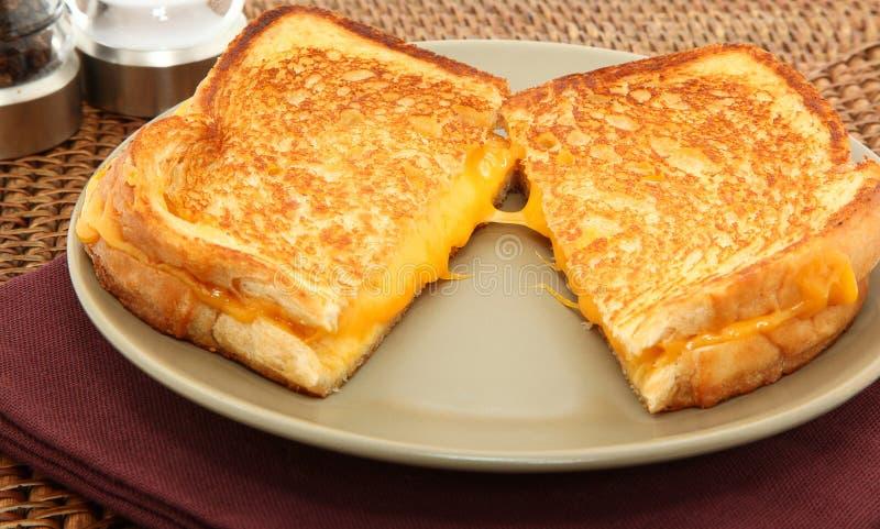 ost grillad smörgås arkivbild