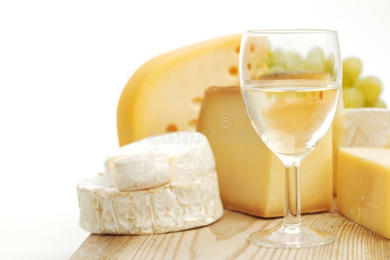 Ost och wine royaltyfri bild