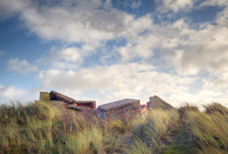 Ostatki Atlantikwall w diunach fotografia stock