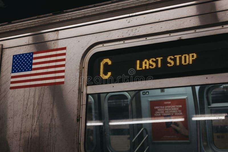 Ostatni przerwa pociągu zawiadomienie na C linii w Nowy Jork, usa obraz stock
