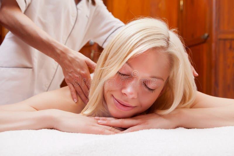 Ostente a massagem imagem de stock royalty free