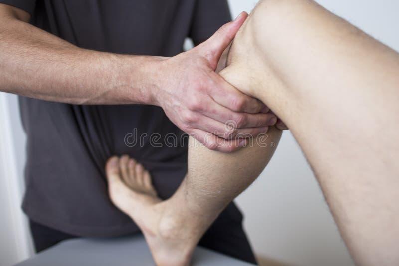 Osteopatía imágenes de archivo libres de regalías