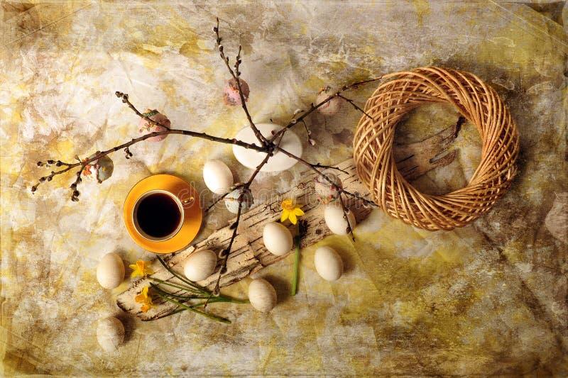 Ostereier und Kaffee stockfoto