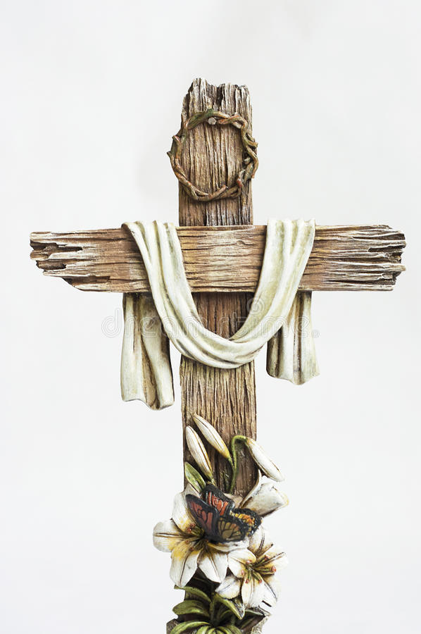 Ostern-Kreuz mit Ostern-Blumen lizenzfreies stockfoto