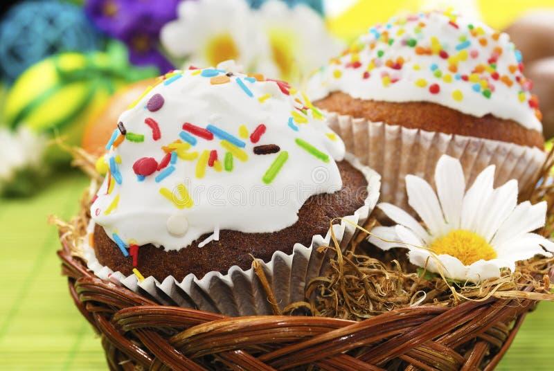 Download Ostern-Kuchen stockbild. Bild von festlich, bunt, gelb - 27735207