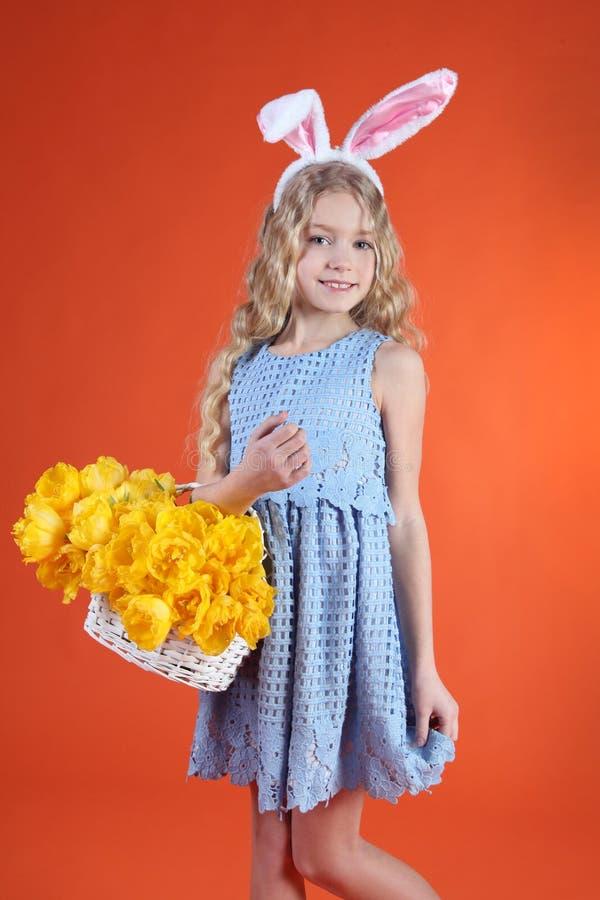 Ostern-Mädchen stockfoto