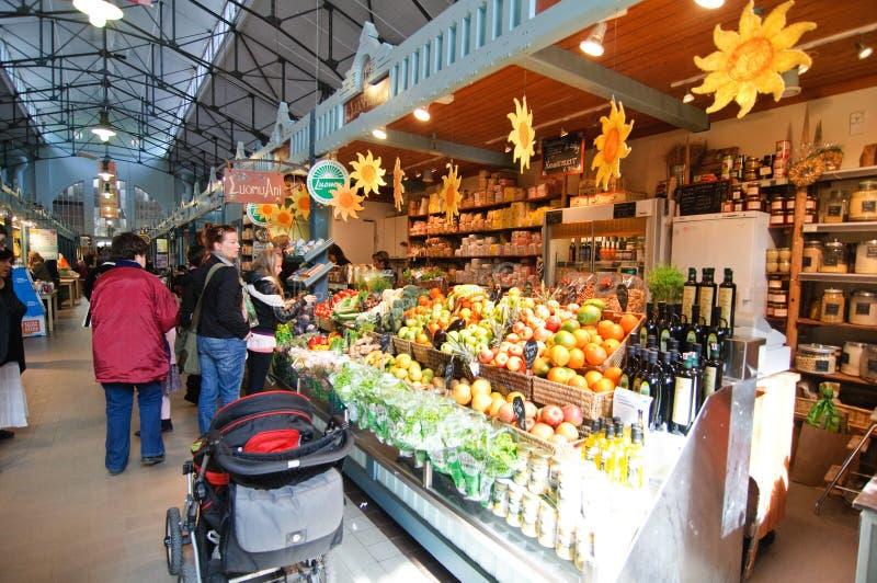 Ostern-Markt in Tampere Finnland stockfotografie