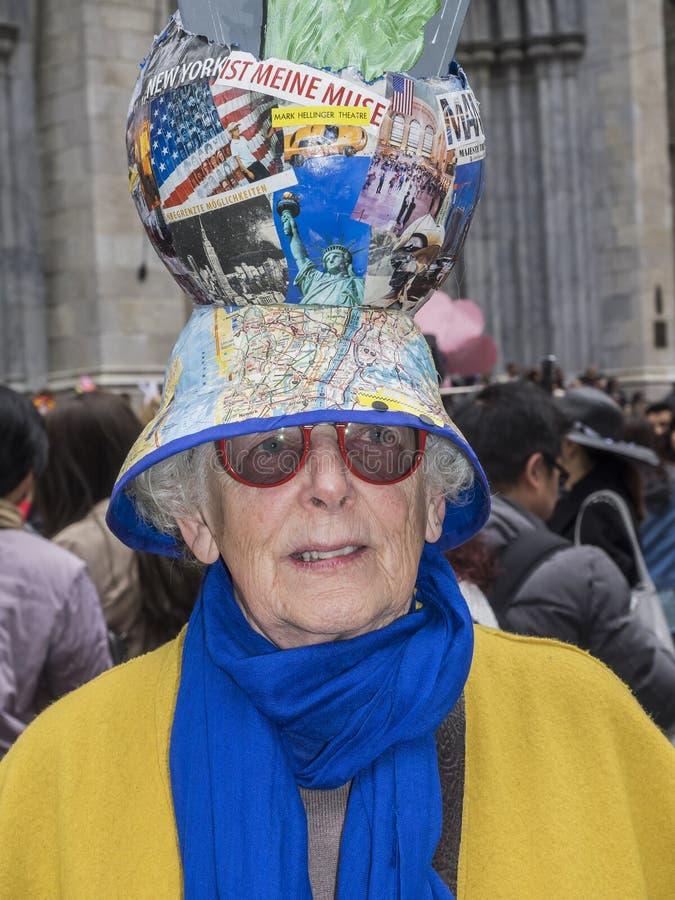 Ostern-Parade und Mützen-Festival 2018 stockbild