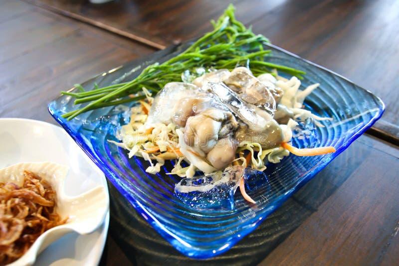 Ostra fresca fresca de la comida tradicional tailandesa foto de archivo
