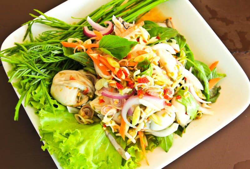Ostras picantes del alimento tailandés. foto de archivo libre de regalías