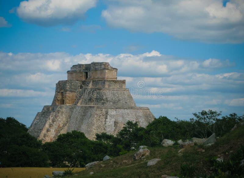 Ostrosłup magik w starym mieście Uxmal, Meksyk obrazy stock