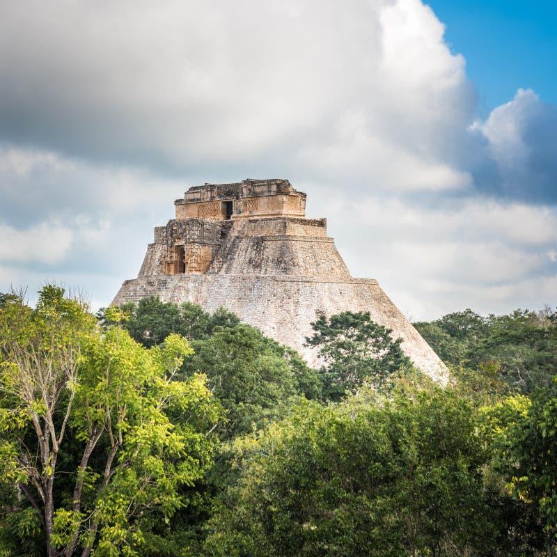 Ostrosłup magik w Uxmal, Jukatan, Meksyk obrazy royalty free