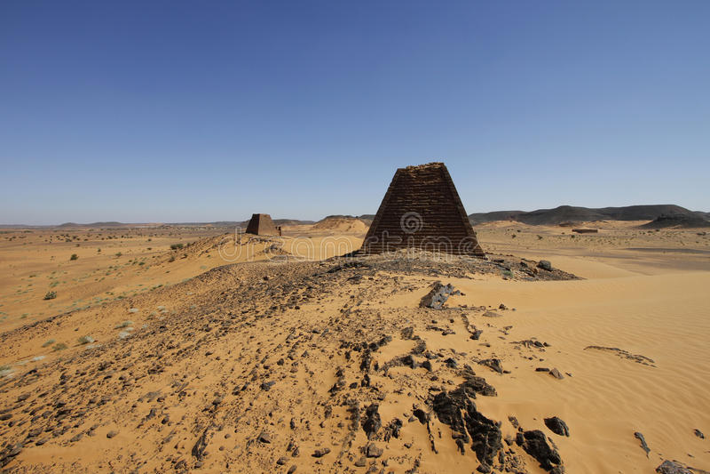 Ostrosłupy Meroe, Sudan fotografia stock
