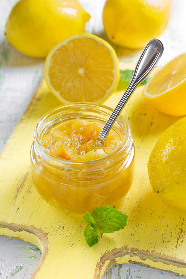 Ostruzione casalinga del limone immagine stock libera da diritti
