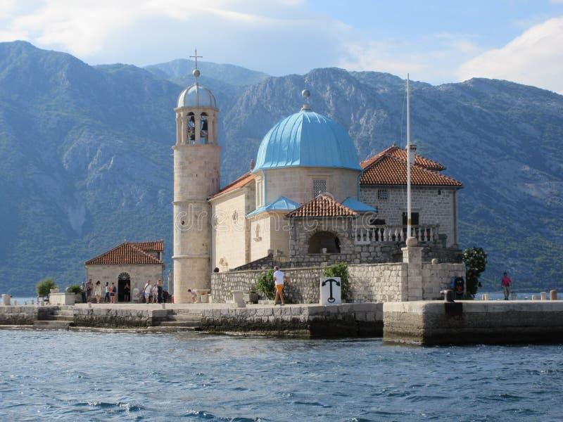 Ostrvo, baia di Cattaro, Montenegro immagine stock