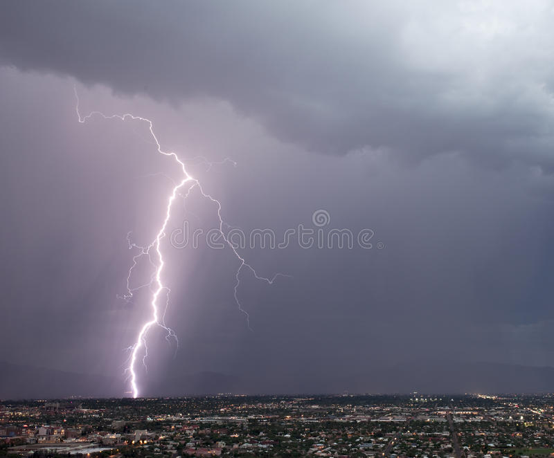 Ostseiten-Blitz stockfoto