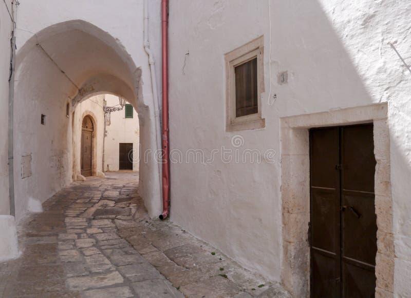 Ostuni & x22; Vita City& x22; , Puglia, Italien arkivfoto