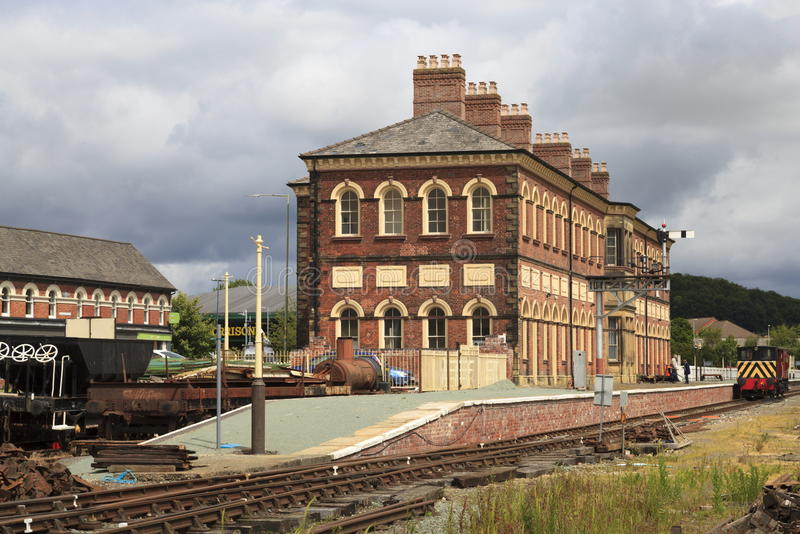 Oswestry railway station. The former railway station at Oswestry now partly used by the Cambrian Heritage Railway stock photo