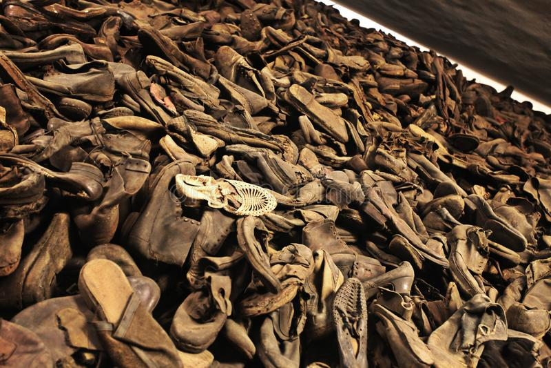 Oswiecim, het gebied van Polen Auschwitz - Schoes stock fotografie