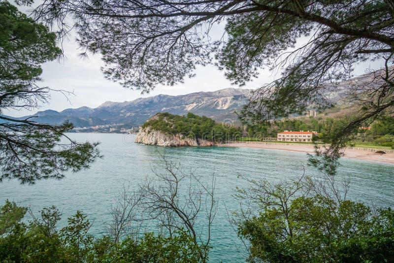 Oszałamiająco denny wybrzeże w Montenegro obrazy stock