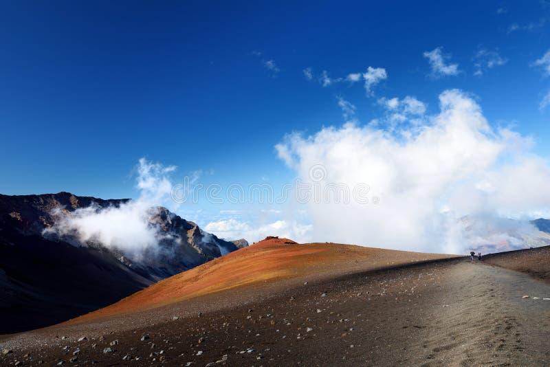 Oszałamiająco krajobraz Haleakala wulkanu krater brać od Ślizgowych piasków wlec, Maui, Hawaje zdjęcie stock