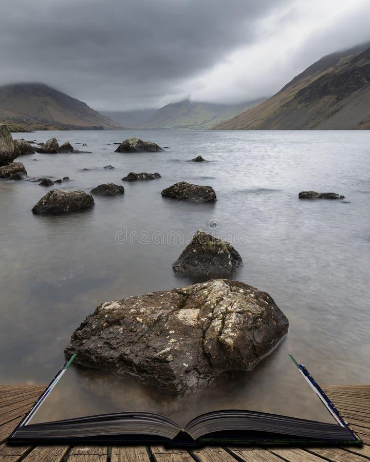 Osza?amiaj?co d?ugi ujawnienie krajobrazu wizerunek Wast woda w UK Jeziornym okr?gu wynika strony w opowie?ci ksi??ce obraz royalty free