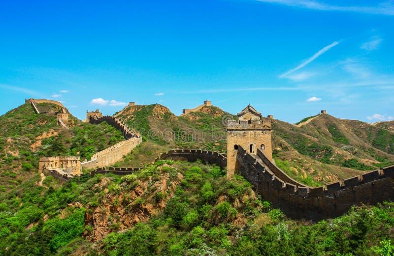 Osza?amiaj?co widok wielki mur, Chiny obrazy stock