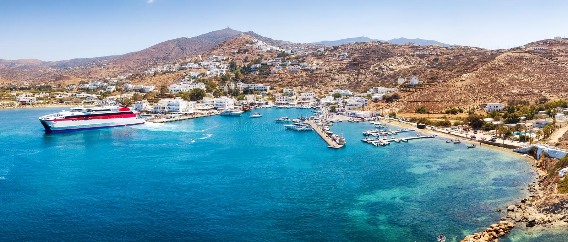 Ot panoramico di vista aerea la porta dell'isola dell'IOS fotografia stock libera da diritti