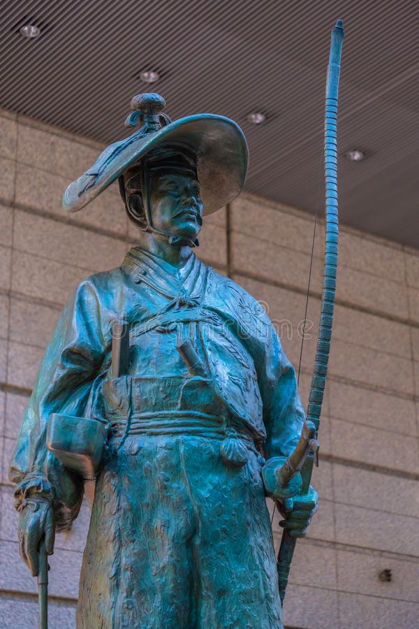 Ota Dokan, statue samouraï japonaise sur le premier étage du forum international de Tokyo photographie stock