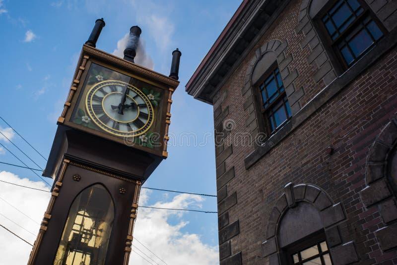 Otaru pozytywki muzeum z parowym zegarem które przedstawiają miastem Vancouver obraz stock