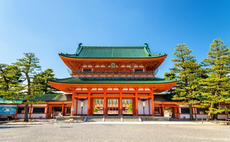 Otenmon, der Haupttor von Heian-Schrein in Kyoto stockfoto