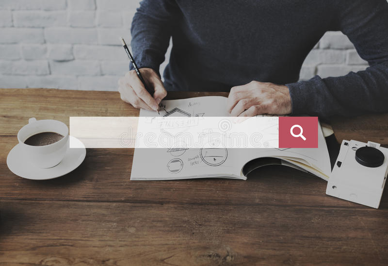 Otimização do Search Engine que procura o conceito do página da web imagens de stock