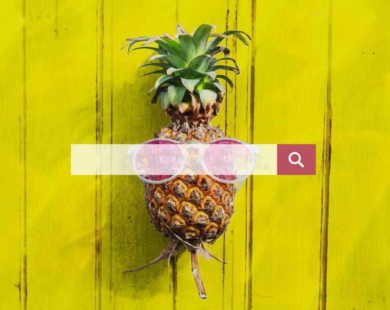 Otimização do Search Engine que procura o conceito do página da web fotos de stock