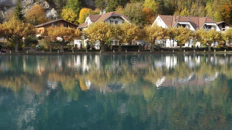 Otoño brillante en Interlaken imagenes de archivo
