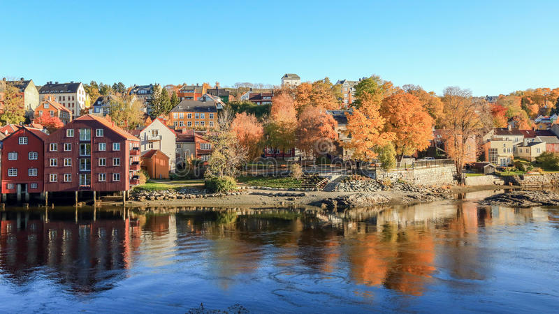 Otoño en Strondheim, Noruega foto de archivo libre de regalías