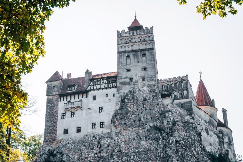 Otręby średniowieczny Kasztel Podróż i wakacje Europa, wycieczka turysyczna piękny słoneczny dzień, kopii przestrzeń Brasov, Tran obrazy stock