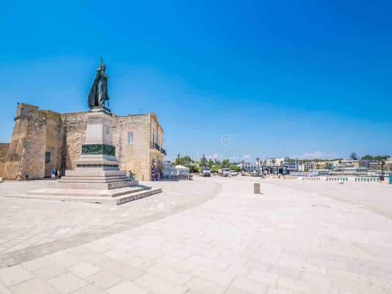 Otranto Apulia, Italien: Den gamla staden av Otranto i Italien royaltyfri bild