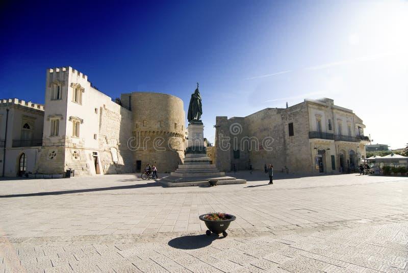 Otranto - cuadrado de los héroes fotografía de archivo libre de regalías