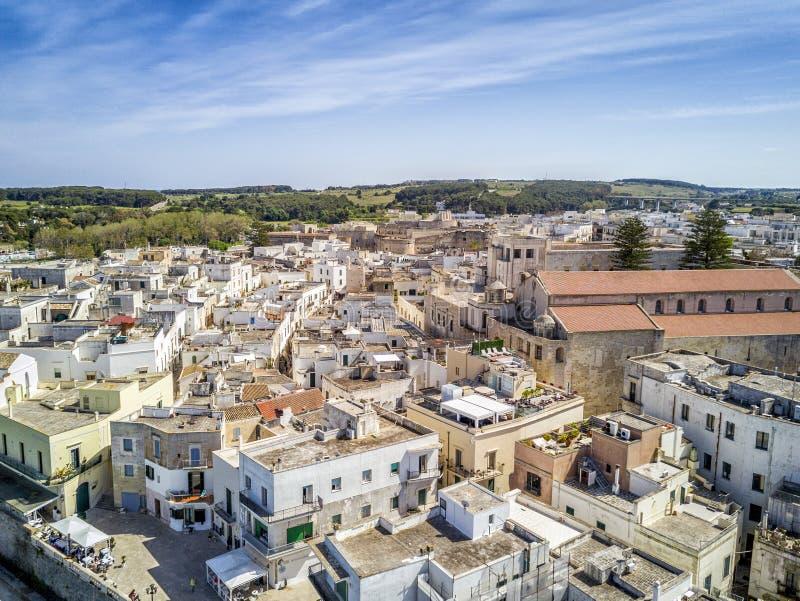 Otranto med den Aragonese slotten, Apulia, Italien arkivfoto