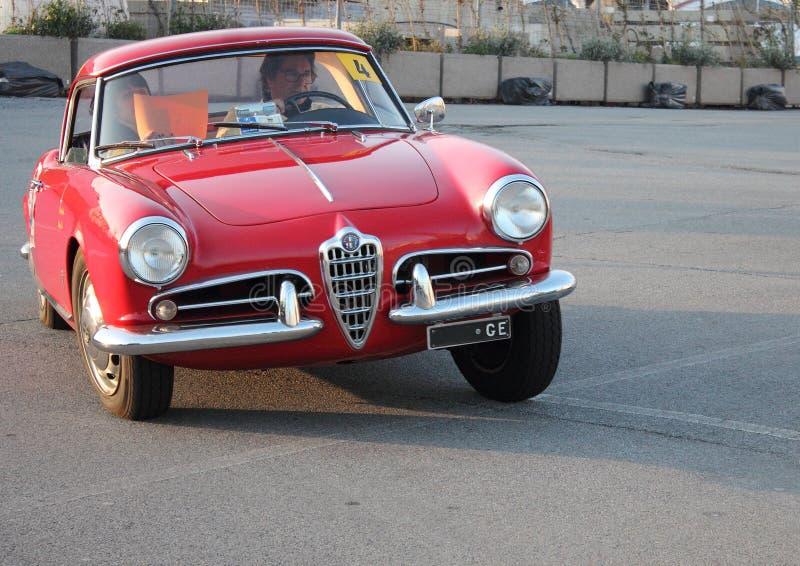 Ottavo circuito delle automobili storiche del porticciolo fotografie stock