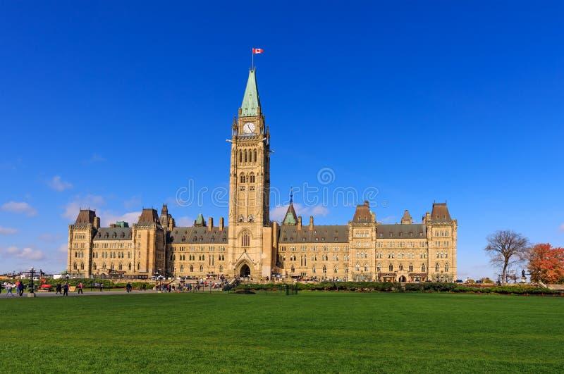 Ottawa, Canadá, o 10 de outubro de 2018 Monte do parlamento, Ottawa, Canad fotografia de stock royalty free